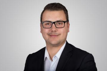 Simon Tschofen